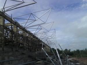 gambar, foto, pemasangan, atap, space frame, stadion, gor